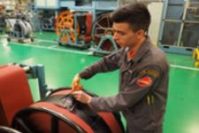 Работа в Венгрии производство шин